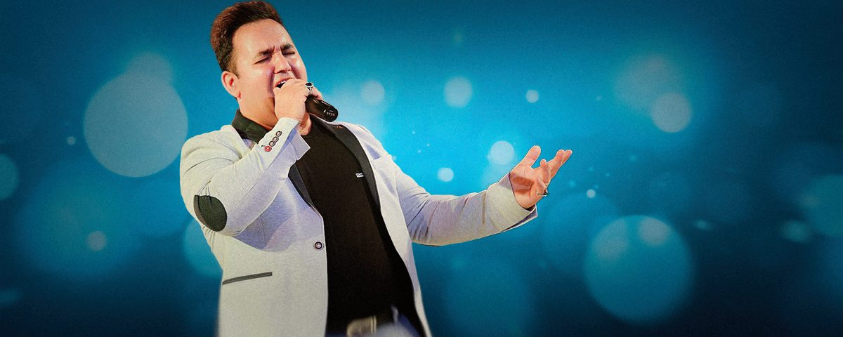 وبسایت رسمی عباس رضازاده - تقلید صدای خوانندگان، طنز و فکاهی، اجرای موسیقی شاد و زنده